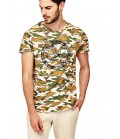 GUESS CAMOUFLAGE PRINT T-SHIRT